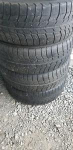 4 pneus hiver 225/60R16  michelin x-ice