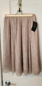 Zara skirt, brand new, tags attached