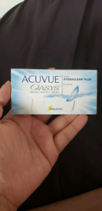 Acuvue oasys contact lenses -3.00 (minus 3)