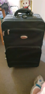 Suitcase in really good condition Rokeby Clarence Area Preview