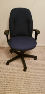 Small Ergonomic Office Chair: $75, OBO