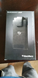 Blackberry Leap leather holster case