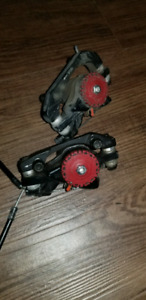 Set of disc brakes with cabled attached