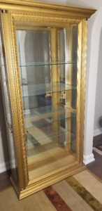 Gorgeous Glass Display Cabinet/Curio