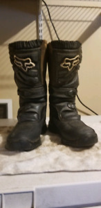 Dirt Bike Boots - Youth size 4