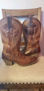Ariat cowgirl Boots -womens 8