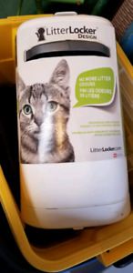 Cat litter locker