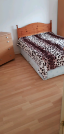 Double room for rent in Langley