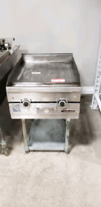 USED FLAT GRILL WITG STAND