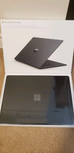 Microsoft Surface Laptop 2 - 512GB i7 16GB M1769