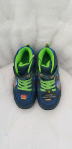 Toddler boy Light up shoes sz 10 new with tags