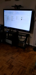 Vizio TV 65 inch LED with table