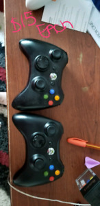 2 xbox 360 controllers with the battery pack