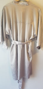 Bridesmaid robe (+bonus gift bag!)