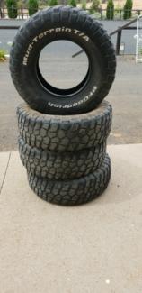 Summit Mud Hog 31x10 5r15 Only 200 00 Wheels Tyres Rims