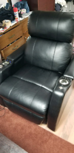 Elements Leather Power Recliner Home Theater Chair (UCE911105)