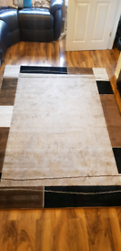 BROWN AND BEIGE RUG, LENGTH 220CM WIDTH 160CM, NEW CONDITION £65ono