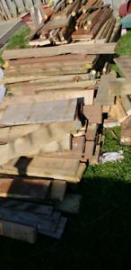 Free wooden pieces