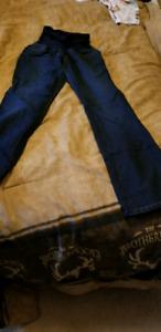 Medium maternity jeans
