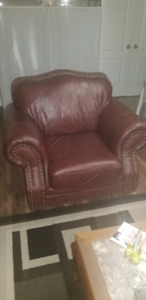 Single chair sofa ( Brown Leather) $80 obo