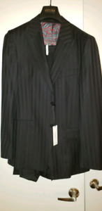 Versace Suit 38R - must go