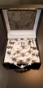 Bella Perlina Freshwater Pearl Necklace Bracelet Earring Set