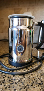 Nespresso mousseur / frother