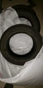 pneus d'hiver 175/65 R14