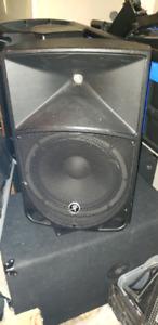 Mackie Thump 12 & Yorkville Elite 1200P Speakers & Subs set