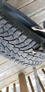 Pneus d'hiver maxtrek winter tires 205 55 16