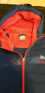NEW PUMA SPRING HOODIE JACKET NEW FOR SALE IN SIZE XL