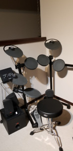 Yamaha DTX450K Drum & Speakers for sale