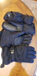 1 pair mitts and 1 pair gloves kids about 8 yrs old