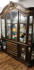 CHINA CABINET AND DINING TABLE WITH 8 CHAIRS