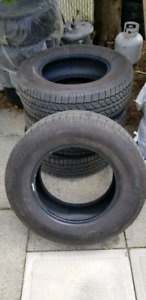 Toyo summer tires 265/65/ 17 less than 1000km, almost new
