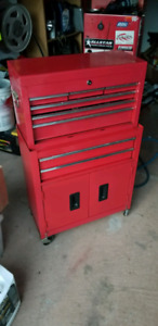 like new Red 2pc garage toolbox with lock and wheels
