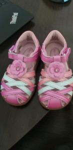 Striderite girls sandals size 5