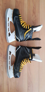 Patins Hockey Bauer Supreme taille 6 largeur D