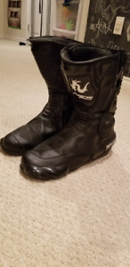 MOTORCYCLE BOOTS FOR SALE!!!
