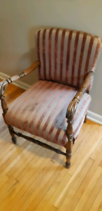 Chair, picture frame & curtains