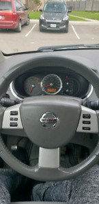 2008 Nissan quest very good condition