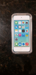 iPod touch 32GB 5th Generation! Perfect Condition!