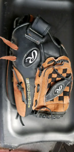 Youth or ladies Rawlings ball glove. 12.5""