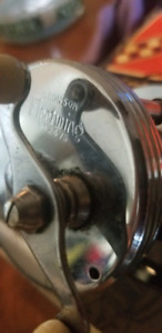 MOULINET VINTAGE 1945 BRONSON FLEETWING NO. 2475