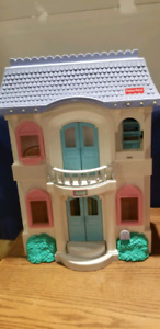 Doll house Fisher price