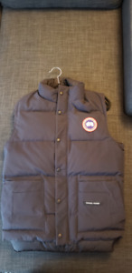 Canada Goose Freestyle Vest Navy Mens Size XS