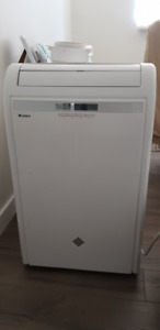Gree 13500 BTU PORTABLE AIR CONDITIONER$300 + ALL OTHER FEATURES
