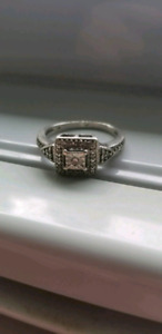 Peoples Jewellers 925 Promise Ring