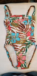 Ladies bathing suit and wrap