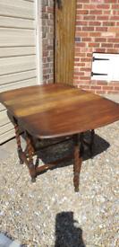 Antique gatelegged table
